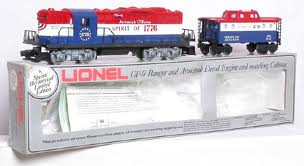 8665 Bicentennial GP-9 Engine with Matching Caboose Set